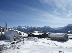 sneeuwwandelreis Brengenzerwald luxe