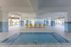 piscina interior 1283
