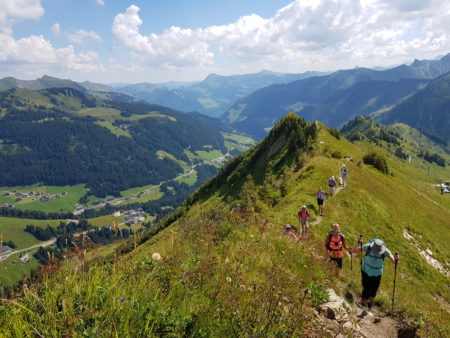 Grosswalsertal wandelen in juni vanuit Faschina