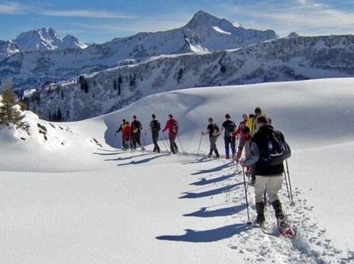 Sneeuwschoenwandelen - de geschiedenis van de sneeuwschoen